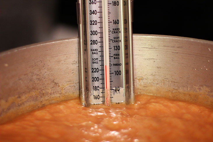 Thermometer in gluten free home made caramel