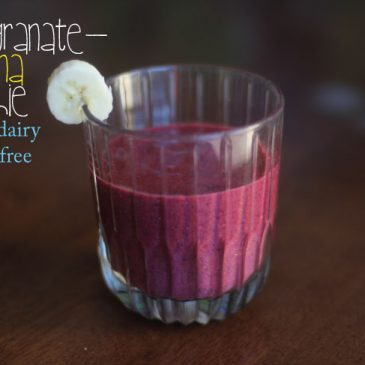 Pomegranate-Banana Smoothie